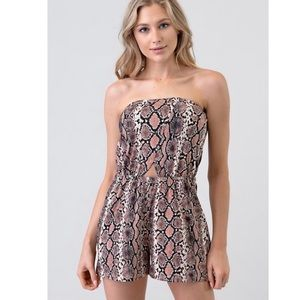 Snake print Romper in Taupe and bake pink